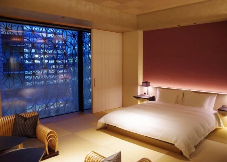 「虹夕諾雅 東京」內映出曼妙窗景的客房
