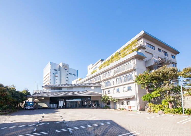 2. Hotel Ravie Kawaryo: All-you-can-eat Crab & Hot Springs Inn
