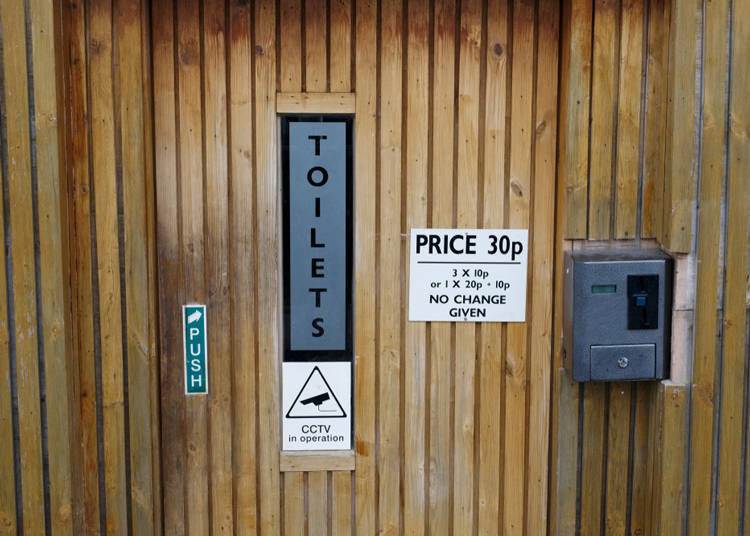Are there pay-to-use toilets? What are they like elsewhere?