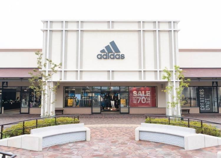 """adidas"" สินค้ามากมายในราคาสุดคุ้ม"