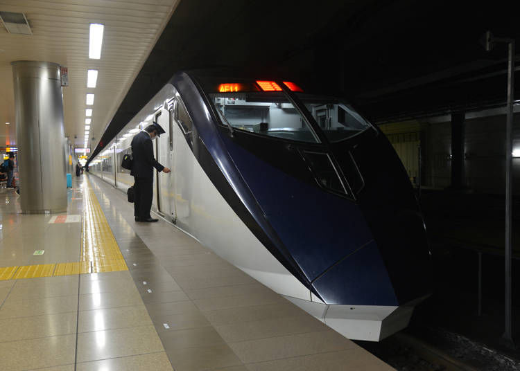 京成スカイライナーの所要時間と運賃