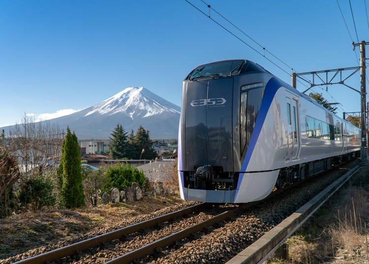 2. Fuji Excursion Express: Guaranteed Seats and No Transfers Needed (1h 52m/4,060 yen)