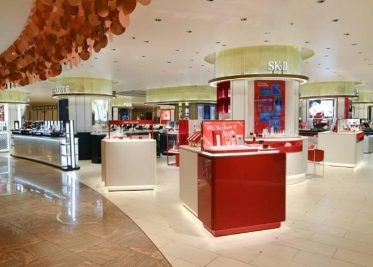 新宿伊勢丹本館1~2樓:日本國內最大規模的化妝品及香水百貨專櫃樓層