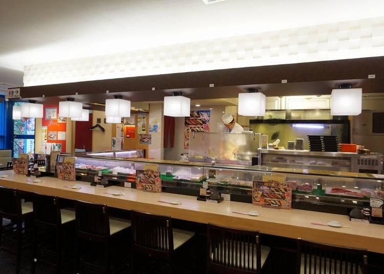 2. Sushizanmai: Authentic sushi in Shinjuku at any hour of day! (2000 yen)