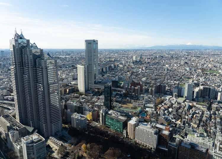 最新情報をゲット&ビュースポット目当てならここ! 「New新宿」スポット1:上から東京の「今」を把握! 「東京都庁展望室」