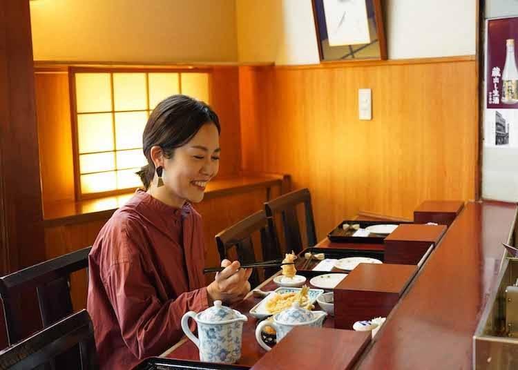 일본에 사는 대만 작가, 멘타이코 씨와 함께하는 신주쿠 산책!  신주쿠를 제대로 즐기는 법 대 공개!