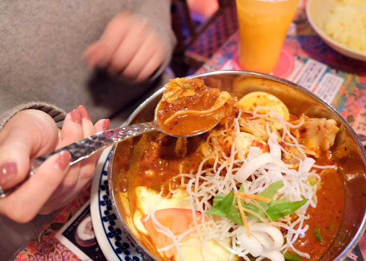 Our Korean VS. Japanese Editors Face Off Over Tokyo's Crazy 'Curry Soups' - But Could They Face the Fire?