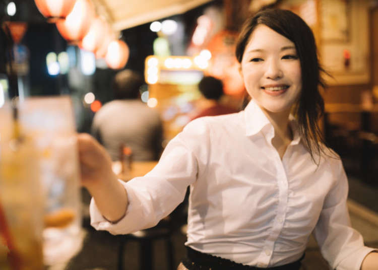 Izakaya etiquette: Stacking your plates after eating doesn't help waitstaff in Japan - LIVE JAPAN