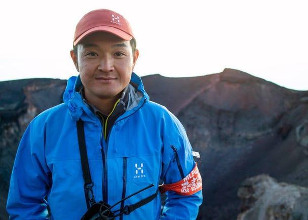 Avoid Light Clothing When Climbing Mt. Fuji!