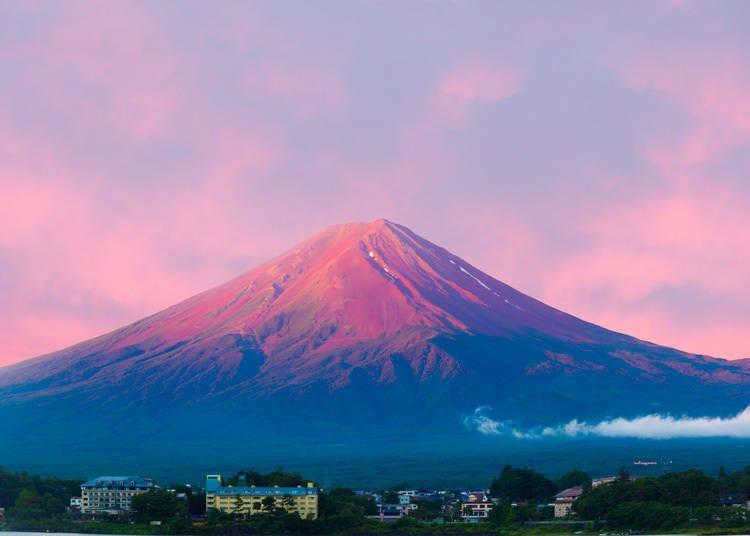 2.「赤富士」在日本是好兆头的象征