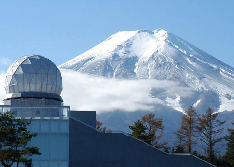 富士山周邊觀光景點1. 近距離欣賞富士山的絕佳好去處「富士山雷達巨蛋館」
