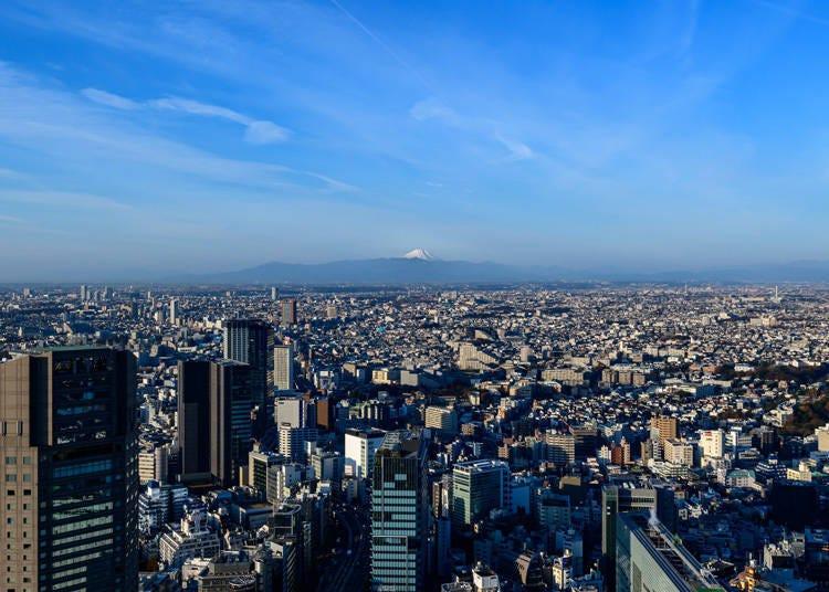 从东京也能看见富士山的景点1. 涩谷SCRAMBLE SQUARE最上层的360゚全景展望空间「SHIBUYA SKY」