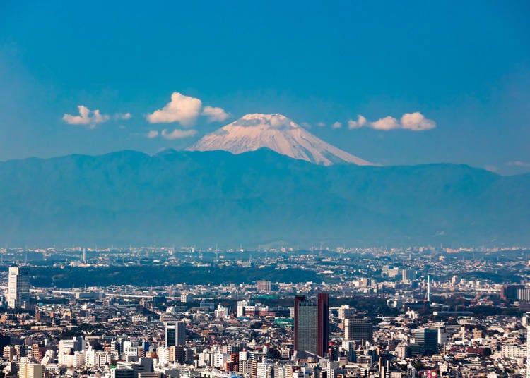 从东京也能看见富士山的景点5. 除了富士山外还能看见满天星斗的「六本木之丘展望台 东京CITY VIEW」