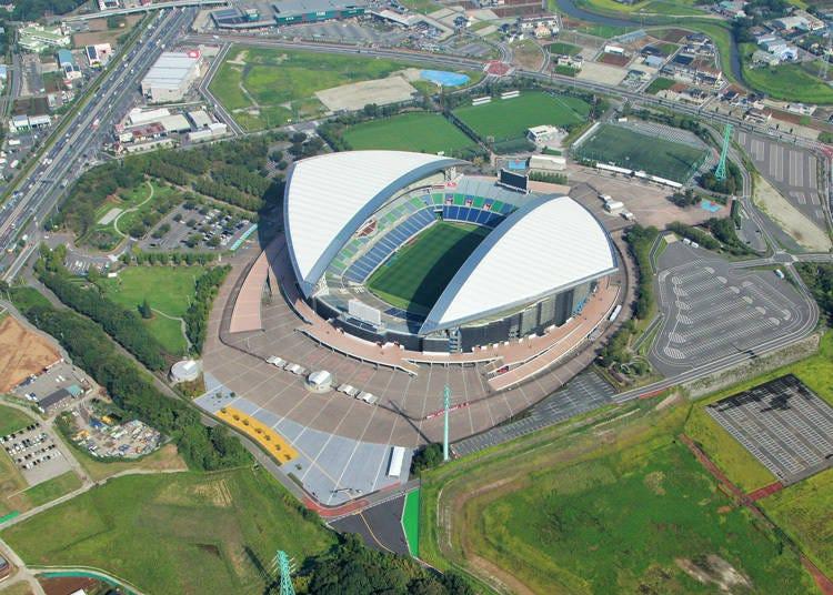 サッカー専用スタジアムの「埼玉スタジアム2002」