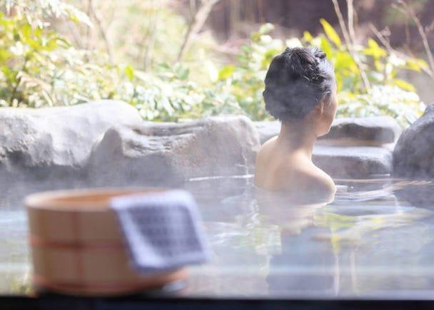 知らない人と裸でお風呂に入るなんて!