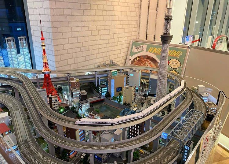 철도 마니아들이 모이는 거대 디오라마가 설치된 아메리칸 다이너! '버거&펍 ChouChou POPON 오카치마치점'