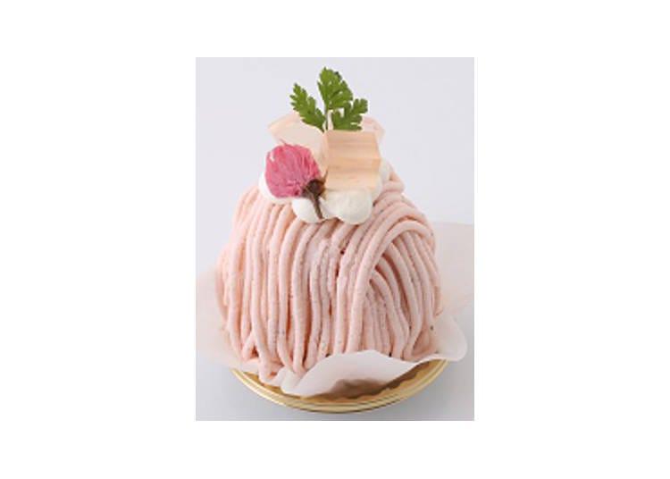 7. Sakura Mont Blanc (594 yen per individual cake)