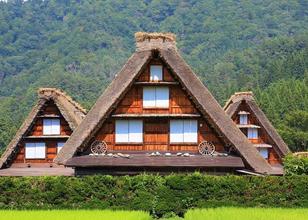 从东京出发!搭上省钱巴士,玩遍「日本中部地区」的世界遗产、绝美景点