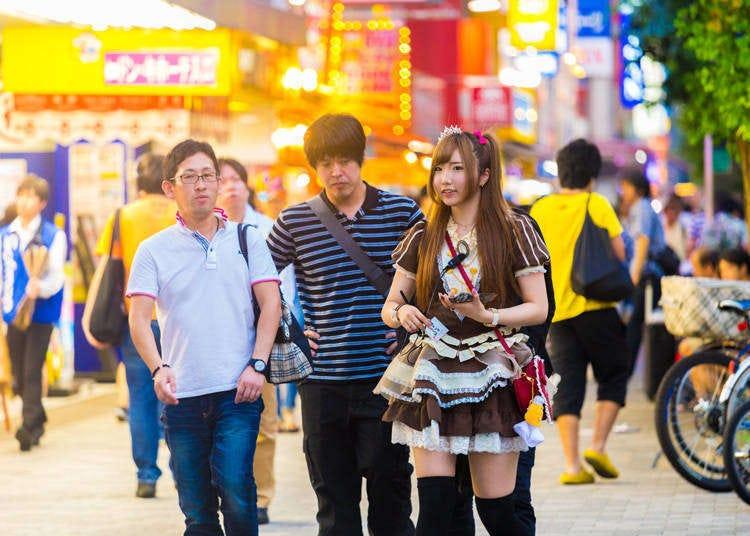 原来不是只有宅咖会去?各国观光客在东京秋叶原的好玩新发现