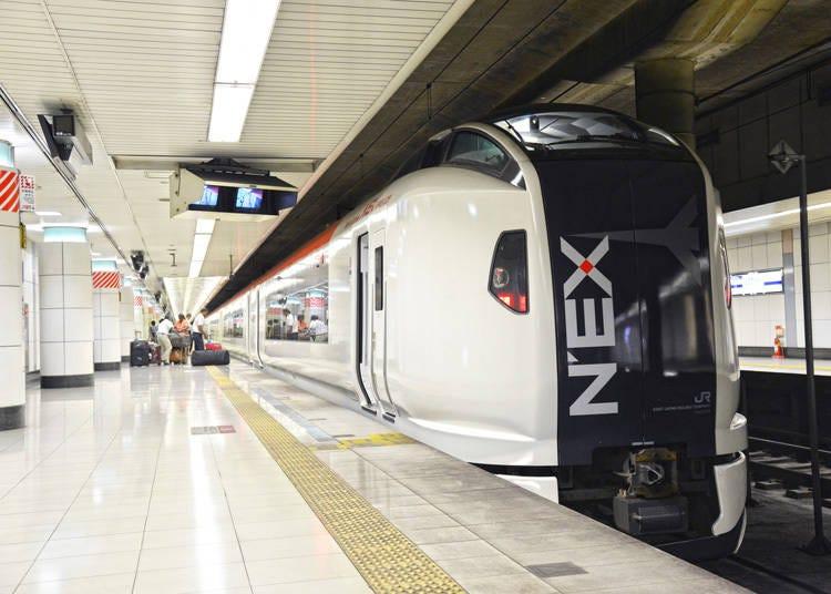 成田エクスプレスで成田空港から東京駅へ行く場合
