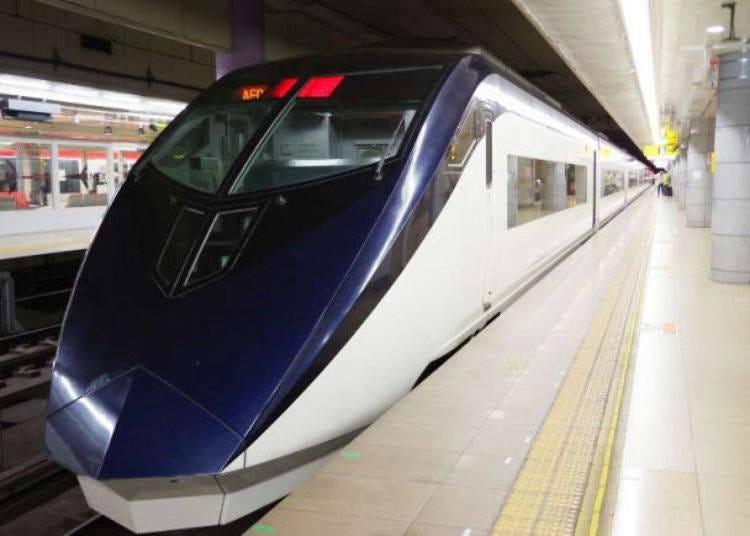 從成田機場搭<京成Skyliner>到淺草站