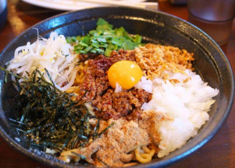 台湾の汁なし麺はキャベツがマッチ♪