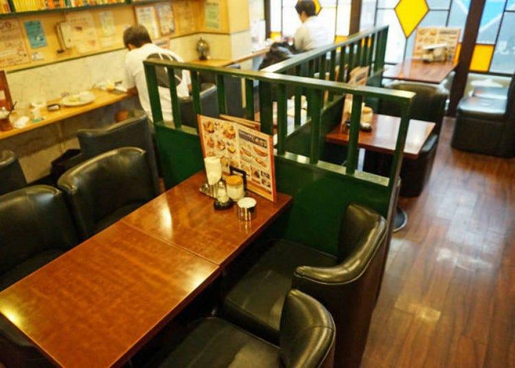 AM8:00 昔ながらの喫茶店「友路有(トゥモロー)」でモーニング