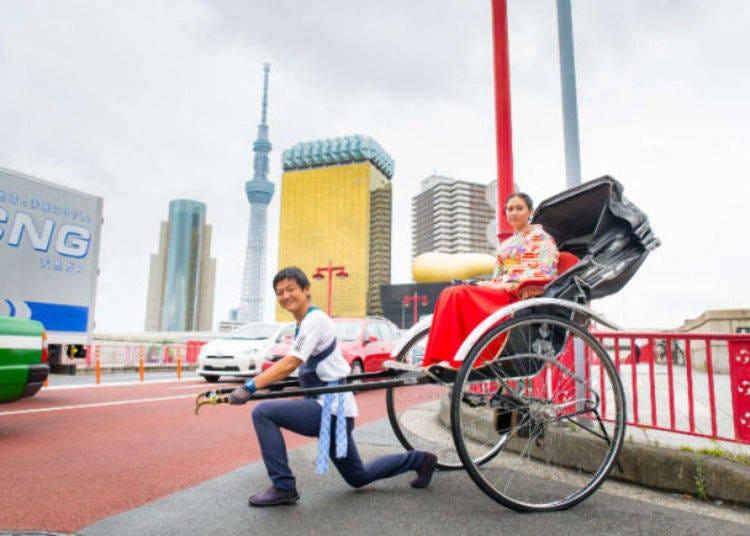 6. 人力車に乗って浅草の街巡りを楽しむ