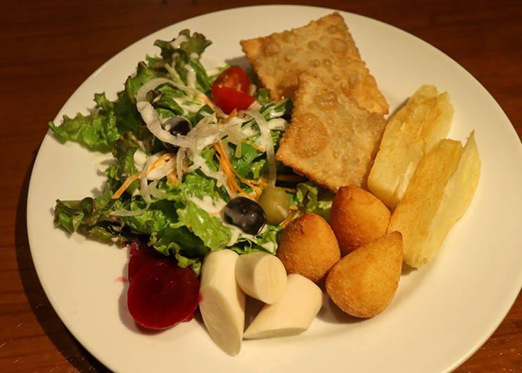 多彩なブラジル料理はコース仕立ての食べ放題で