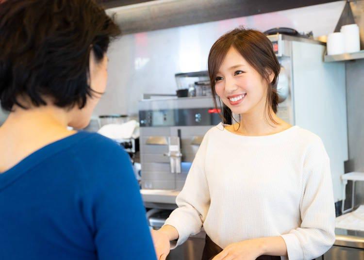 イタリア人が抱く日本人のイメージ③わざとらしくない笑顔の挨拶が上手い