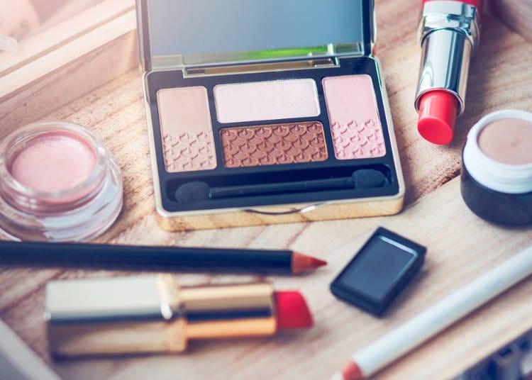 化妝品日文單字-眼唇化妝品相關