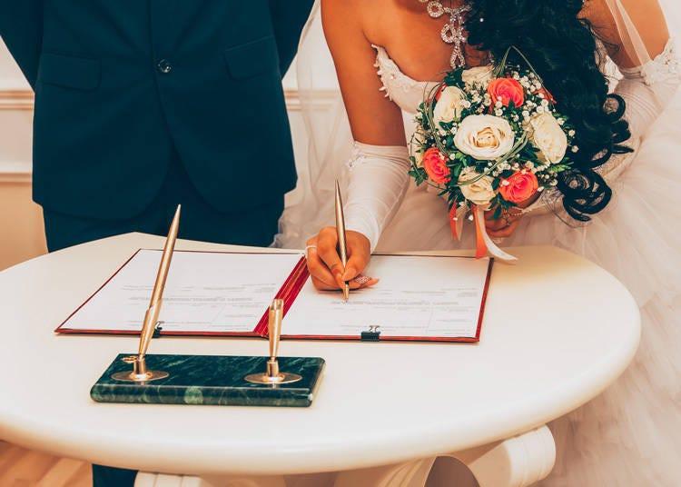 結婚記念日と結婚式がなぜ違う日なの?結婚記念日ってどっち?