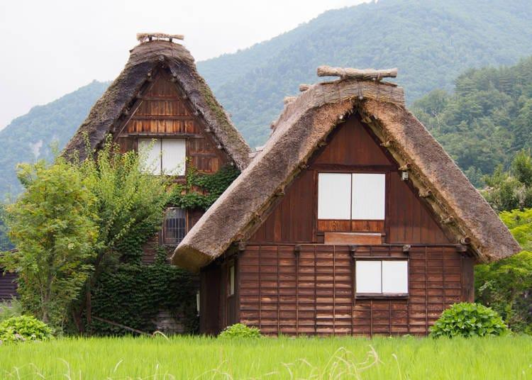 """People Still Live in Shirakawa-gō!?"""