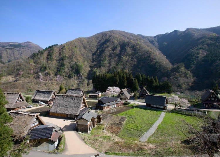 白川郷と見比べて楽しむ、世界遺産「五箇山」