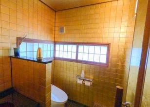 ソフトクリームにトイレも…! 金沢「ひがし茶屋街」で金箔グルメ&スポットを堪能する