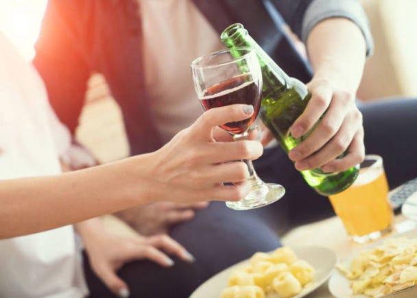 食事で違う種類のお酒を飲むことが信じられない!