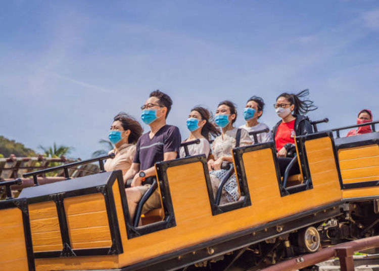How Tokyo Disneyland and Other Japanese Theme Parks Are Coping With The Coronavirus Era