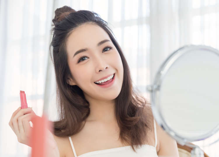 'Are Japanese Ladies Really Like That?!' Looking Into 7 Stereotypes About Japanese Women! | LIVE JAPAN travel guide