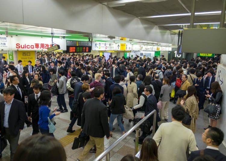 ■とにかく人が多い!池袋駅も複雑で驚いた!