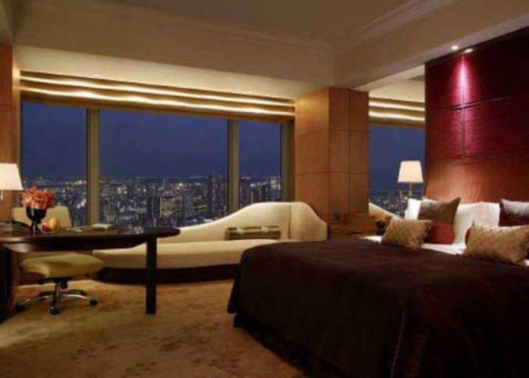 17.都心のきれいな夜景が一望できるホテルに泊まる