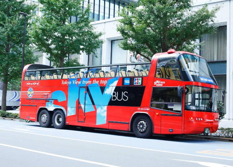 「SKY HOP BUS」は乗り降り自由。効率的に観光できてお得!
