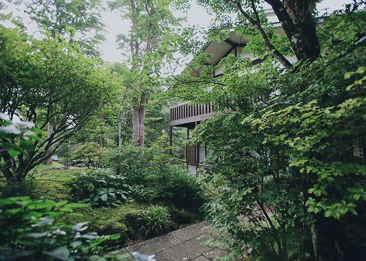 2.「満来箱根山荘」の200平米もある山荘で、温泉と和の空間に癒やされる