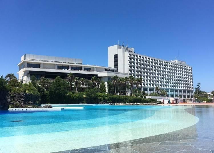 1. 쇼난 해변이 내려다 보이는 최고의 입지 조건을 자랑하는 '오이소 프린스 호텔'