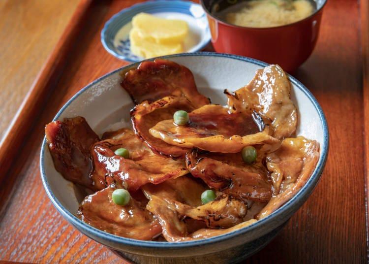 ⑤猪肉盖饭(豚丼)