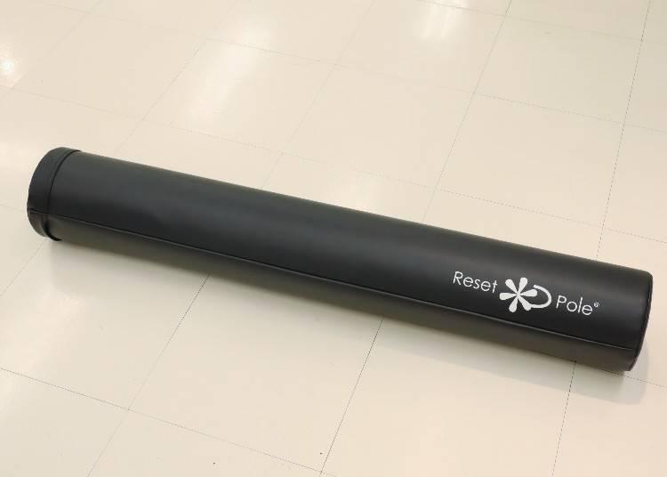 5)調整姿勢好簡單!東急運動綠洲「Reset pole」(海藍色)
