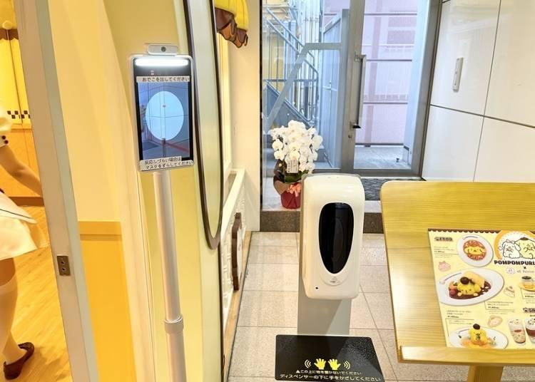 폼폼푸린 카페는 코로나 감염 방지 대책에도 만전을 기하고 있다.