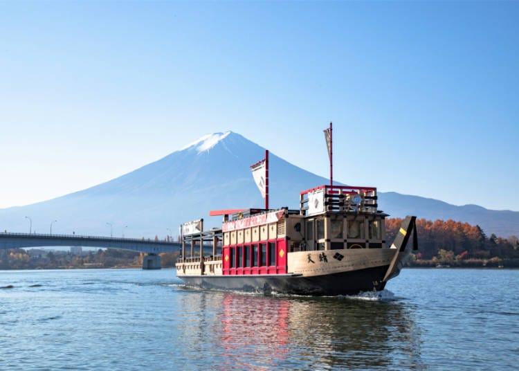 絶景②新名所!河口湖遊覧船「天晴」で湖の上から富士山を堪能
