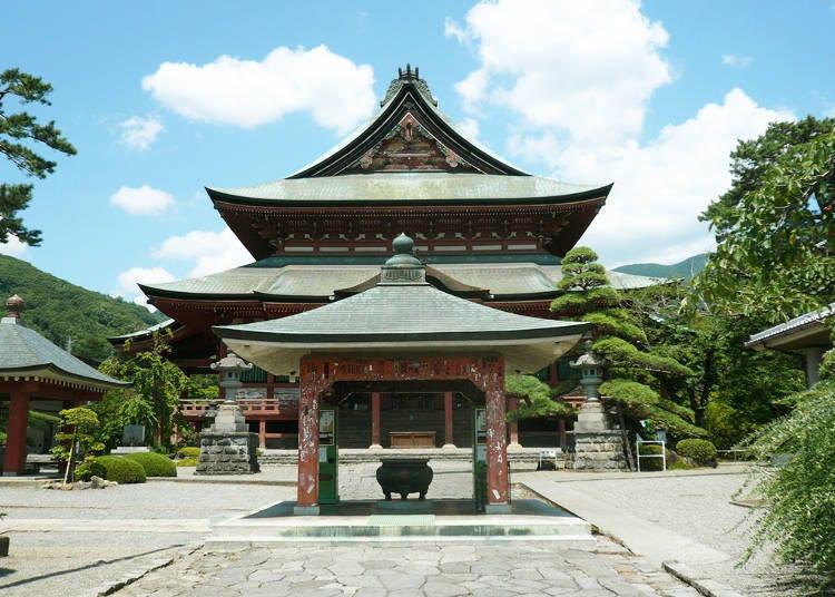 3. Kai Zenkoji Temple