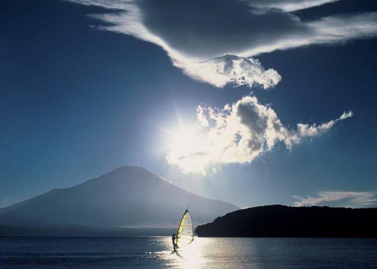 12. Lake Yamanaka