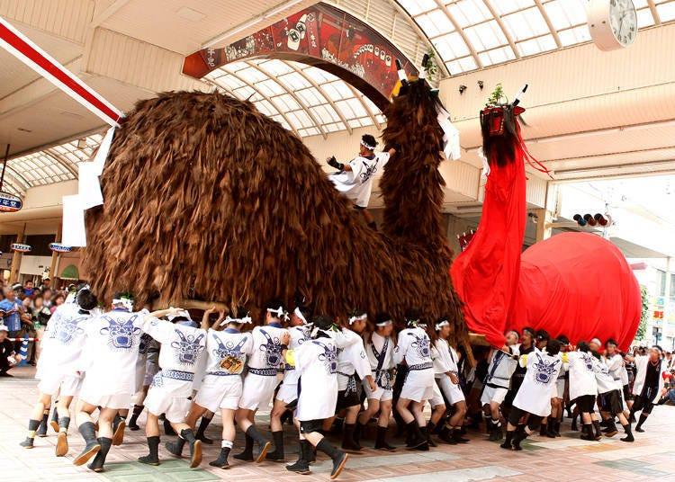 와레이 타이사이 우와지마 우시오니 축제